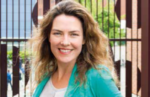 Elena Carmona van Loon